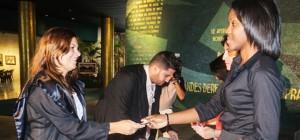 Nuevos abogados de la capital firman el código de ética y reciben el carné de abogados tras ingresar a la Organización Nacional de Bufetes Colectivos en acto que tuvo lugar en el Memorial José Martí el jueves 4 de septiembre de 2014 en La Habana, Cuba. FOTO de Calixto N. Llanes/Juventud Rebelde (CUBA)