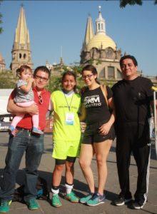thumbnail_Familias de Oaxaca siguiendo a sus seleccionados en el Nacional de Street Soccer de Guadalajara Jalisco