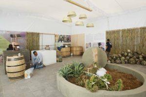 Sin ganar licitación, SICA organiza Feria del Mezcal