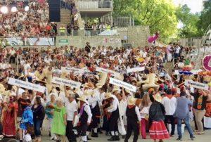 Durante Guelaguetza se pronuncian contra plagio de artesanías