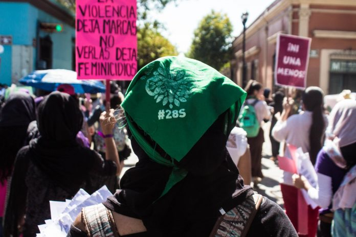 Marea Verde Oaxaca exige legislar sobre aborto sin conservadurismo