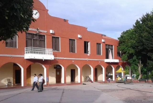 Las tranzas del presidente de Huajolotitlán
