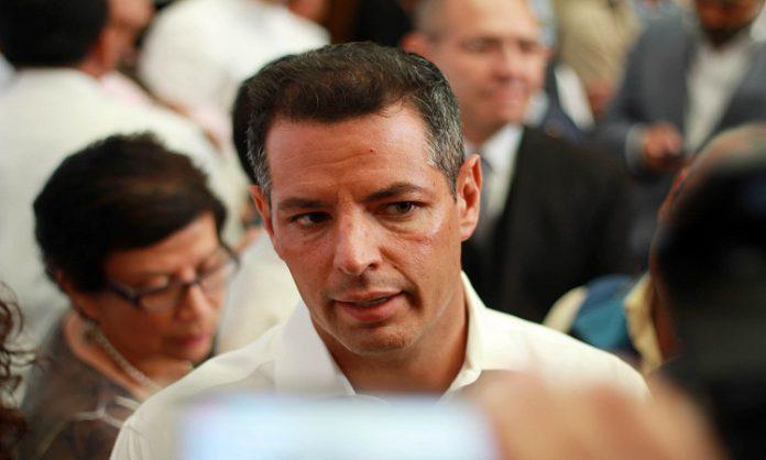 Asegura Murat que deuda pública será para obras