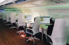 Avión abandonado se convierte en una biblioteca para niños en Iztapalapa
