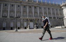 Desde España, oaxaqueña llama a tomar con seriedad el Covid-19