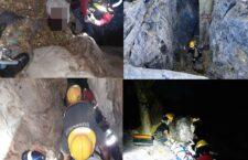 """Hombre sufre caída en la cueva de """"Palo Blanco"""" de Huajuapan"""