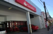 Le roban 100 mil pesos al salir de Santander en Huajuapan