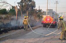 Sofocan incendio en predio de escuela en Huajuapan